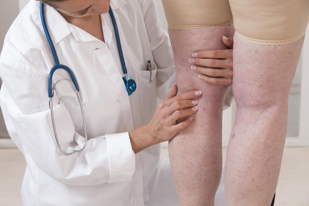 a bal láb tünetei